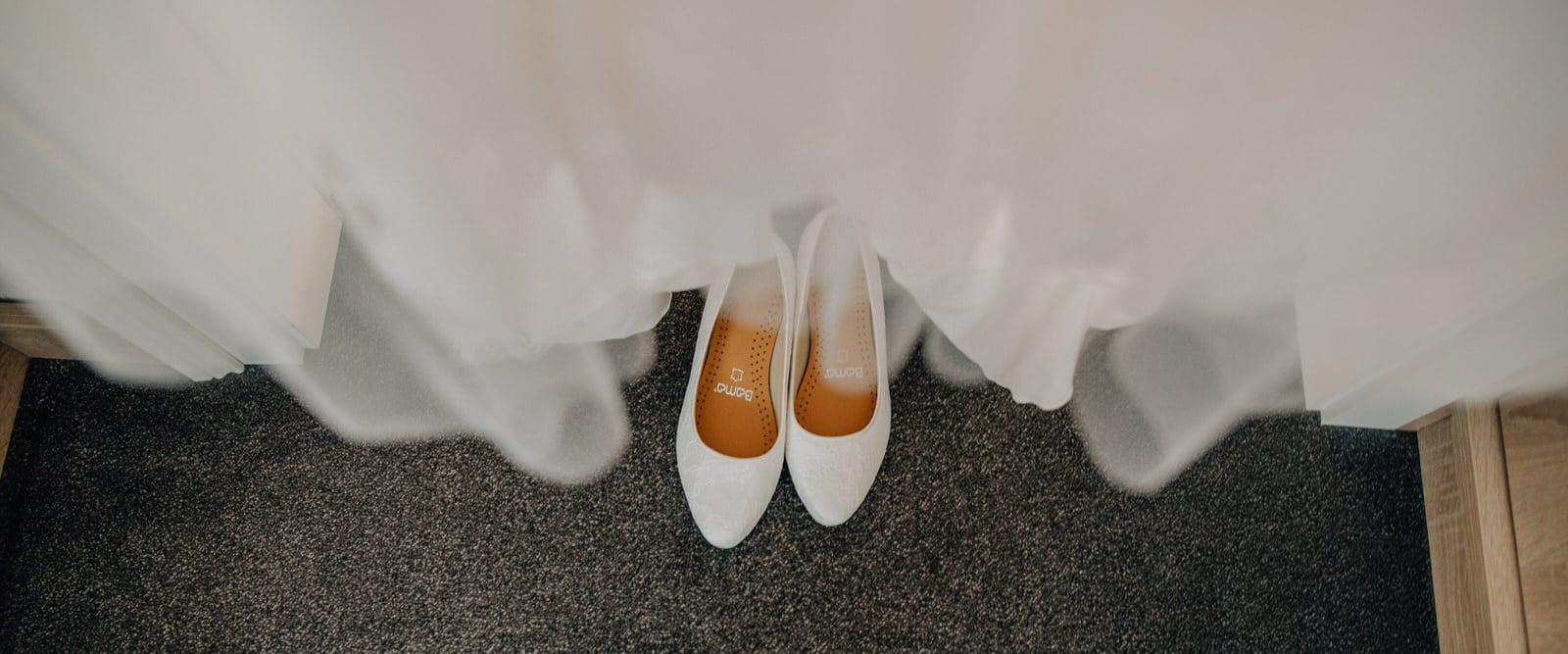 Getting Ready, Hochzeit, Heiraten, Spreewald, Hochzeitsfotograf, Raphael Kellner, Cottbus