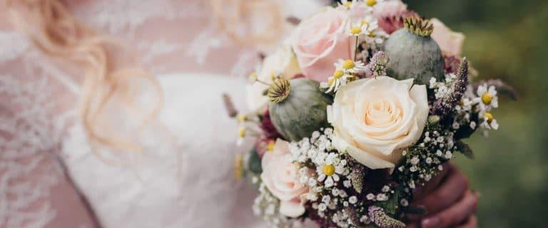 blütenwerk Brautstrauß Hochzeit Cottbus Hochzeitsfotograf Spreewald Strandhaus Lübben Schloss Beuchow