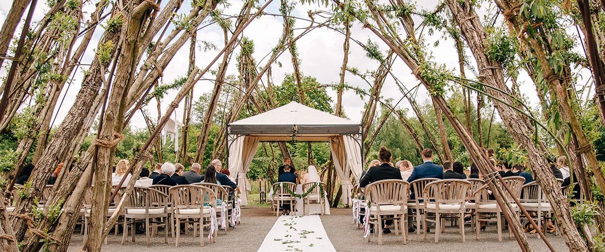 Spreewaldresort, freie Trauung, Hochzeitssängerin, Hochzeitsfotograf, Weidendom, Schlepzig, Sarah Farinia